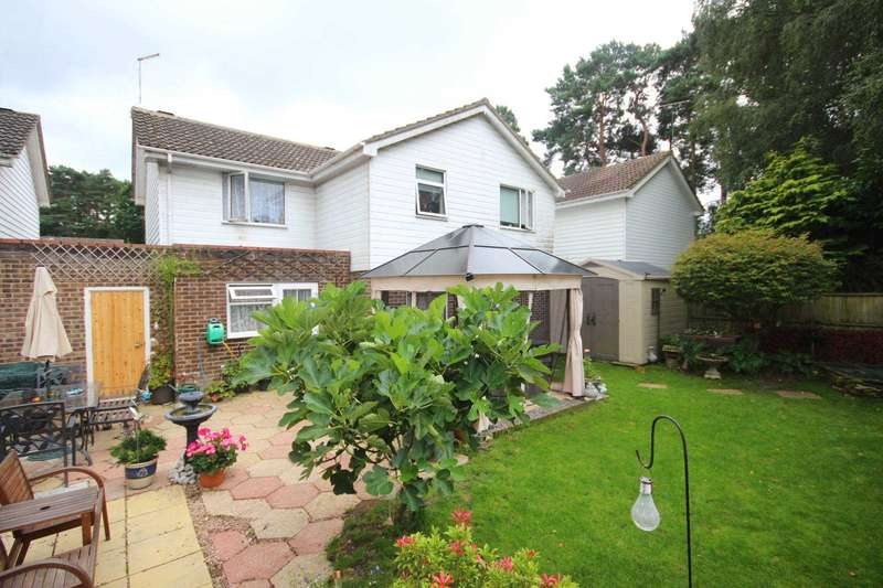 4 Bedrooms Detached House for sale in Southwold, Wooden Hill