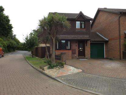 3 Bedrooms Link Detached House for sale in Dibden Purlieu, Southampton, Hampshire