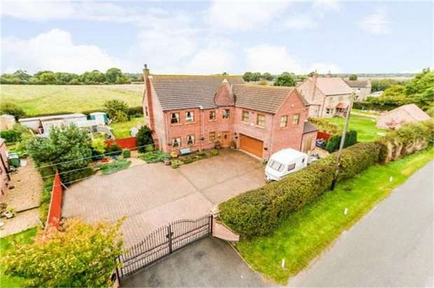 5 Bedrooms Detached House for sale in Legsby, Legsby, Market Rasen, Lincolnshire