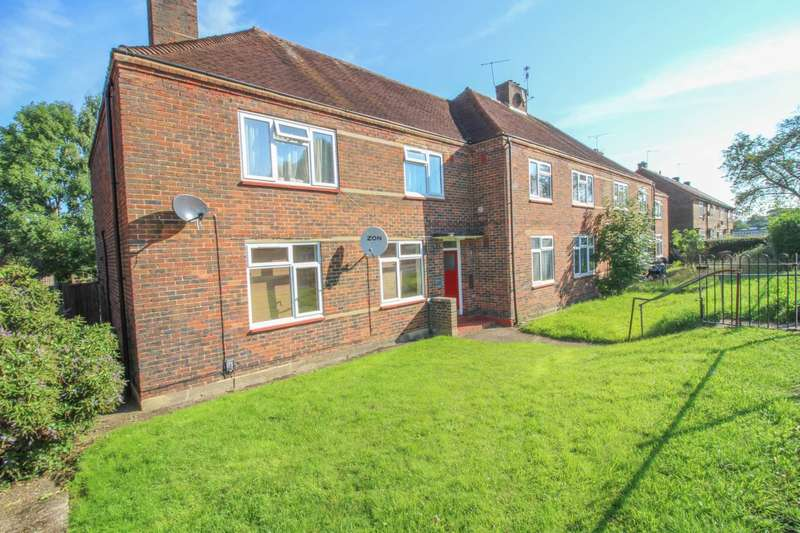 1 Bedroom Flat for sale in Gosforth Lane, South Oxhey