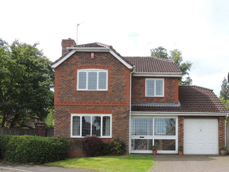 4 Bedrooms Detached House for sale in Barton Drive, Knowle, Solihull