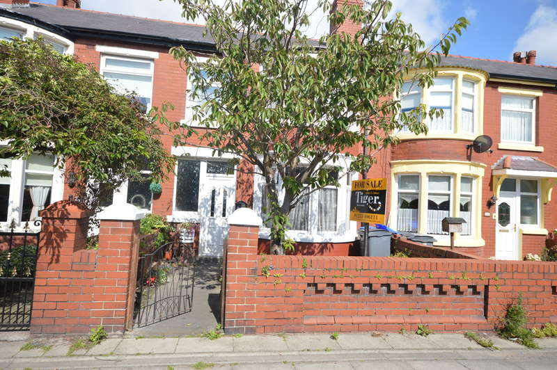 3 Bedrooms Terraced House for sale in Park Road, Blackpool