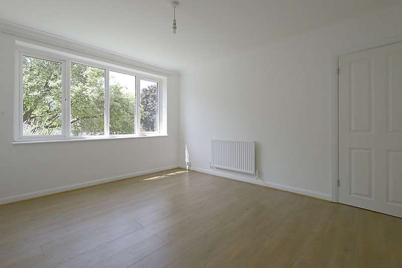 1 Bedroom Flat for sale in Silkdale Close, Oxford, Oxfordshire, OX4
