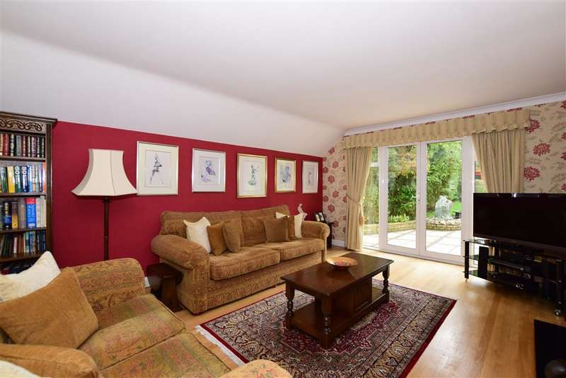 5 Bedrooms Detached House for sale in London Road South, Merstham, Surrey