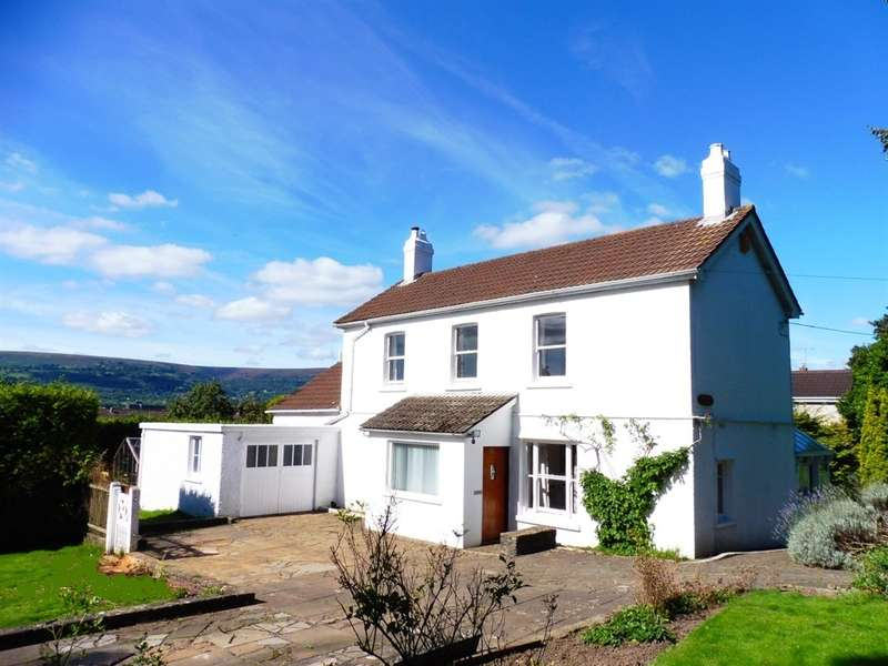 3 Bedrooms Detached House for sale in Turnpike Road, Croesyceiliog, Cwmbran