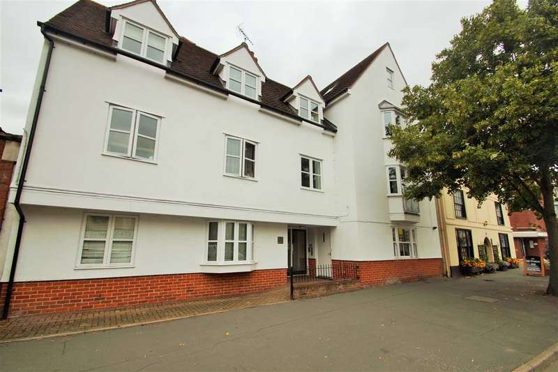 2 Bedrooms Flat for sale in The Nexus, North Station Road, Colchester