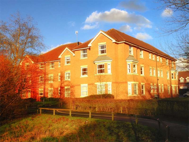 2 Bedrooms Apartment Flat for sale in Addison Road, Worcester, WR3