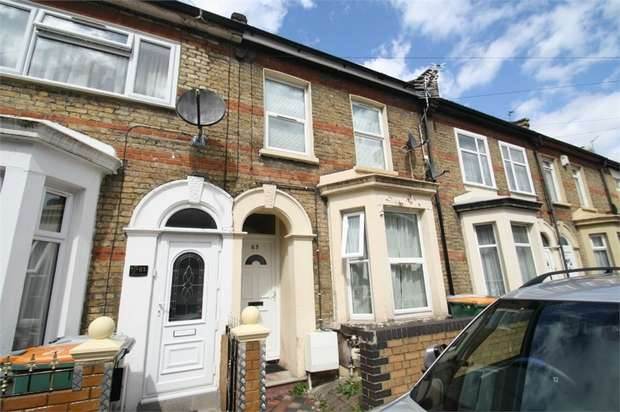 2 Bedrooms Flat for sale in Chesterton Terrace, Plaistow, London