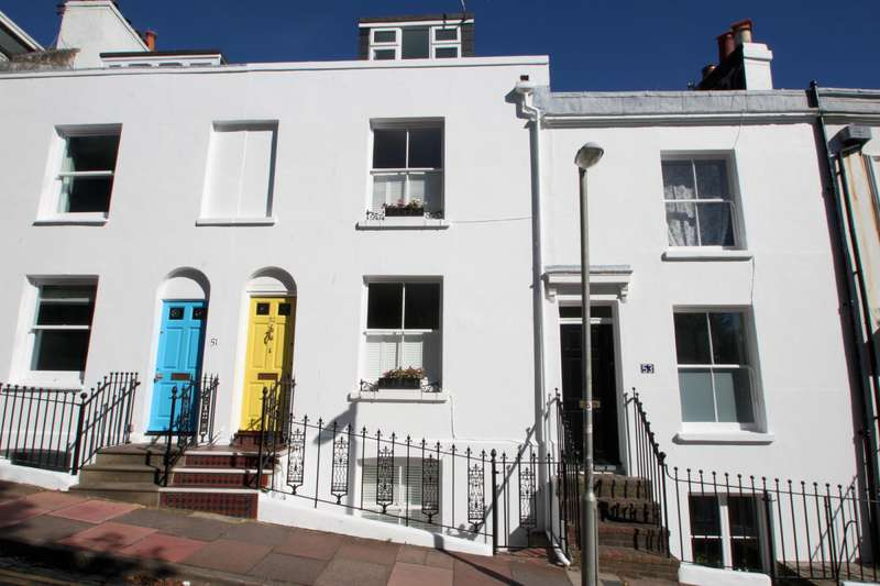 3 Bedrooms Terraced House for rent in Church Street, Brighton