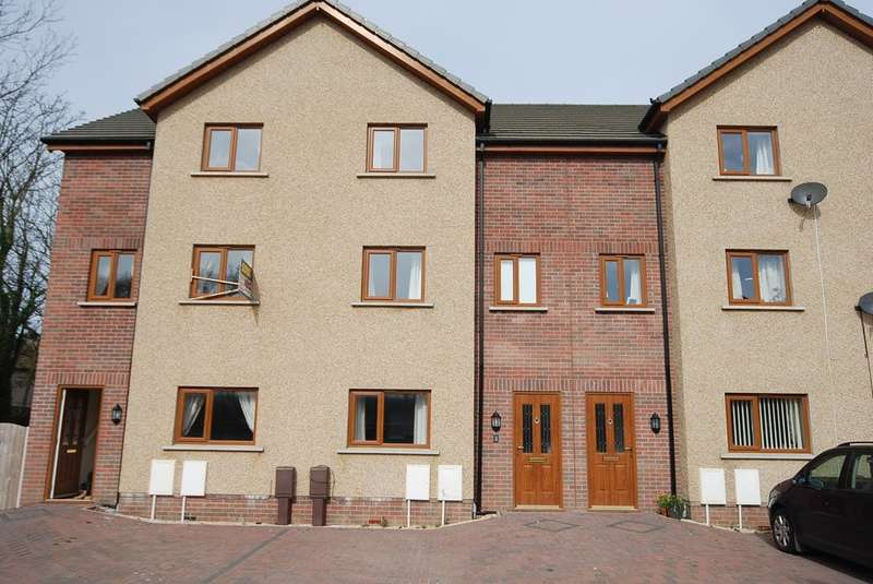 3 Bedrooms Terraced House for sale in Lakesfell Development, Askam in Furness, Cumbria, LA16 7FA