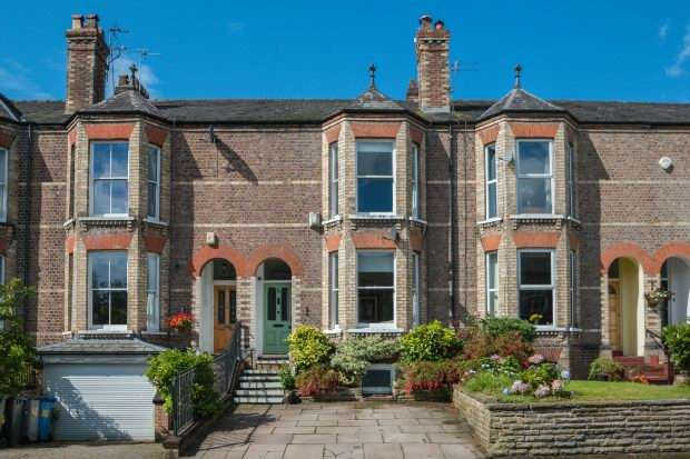 4 Bedrooms Terraced House for sale in Oxford Road, Altrincham