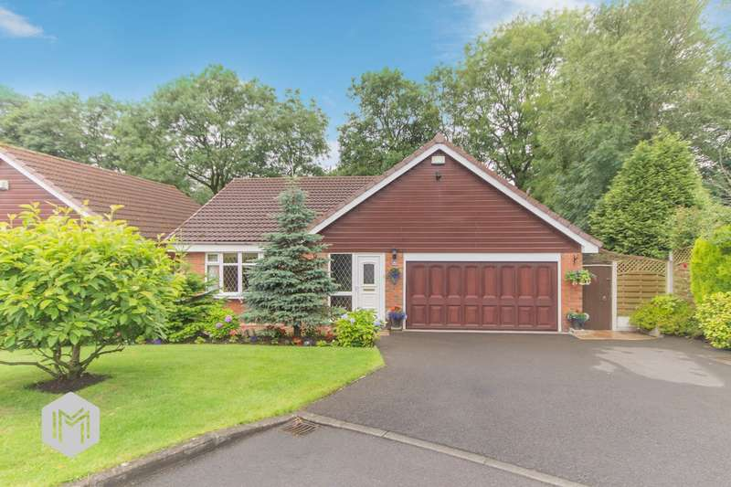 3 Bedrooms Detached Bungalow for sale in Shillingstone Close, Bolton, BL2