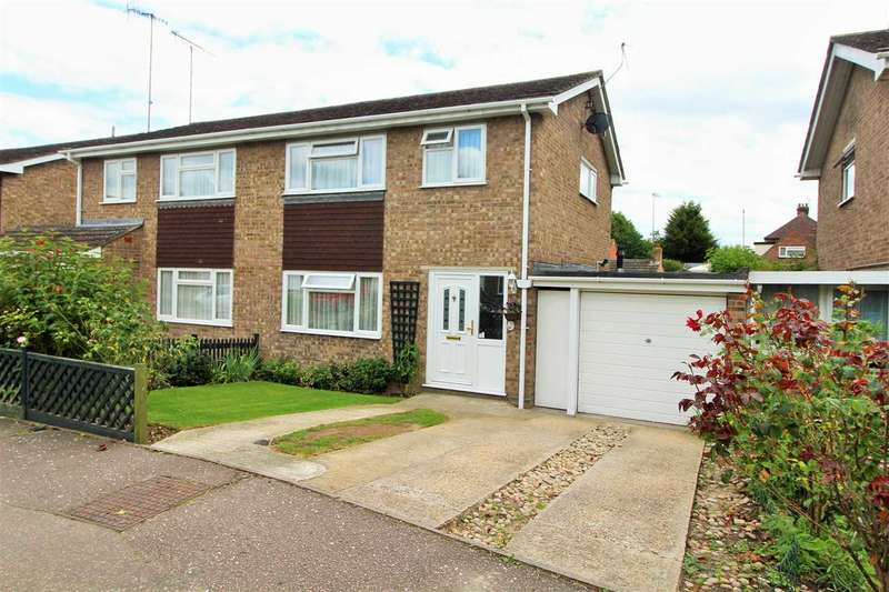 3 Bedrooms Semi Detached House for sale in St. Davids Close, Colchester