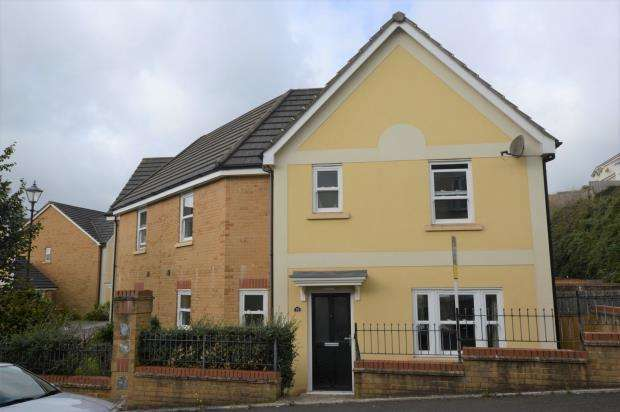 3 Bedrooms Semi Detached House for sale in Kingsley Avenue, Scotts Meadow, Torquay, Devon