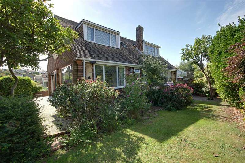3 Bedrooms Detached House for sale in Lustrells Vale, Brighton