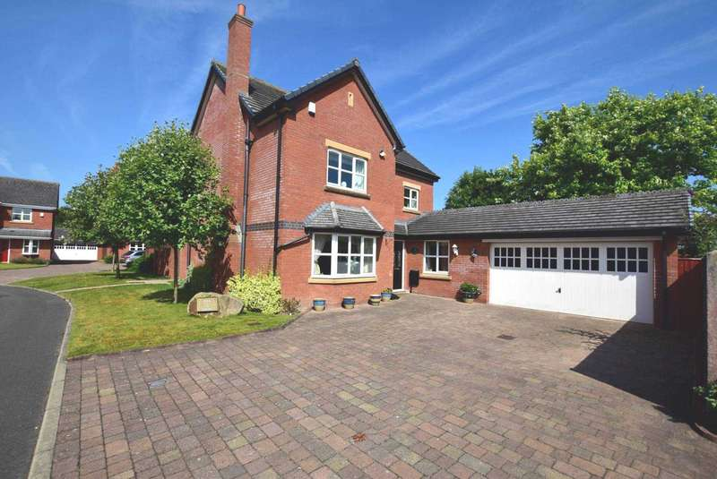 5 Bedrooms Detached House for sale in The Ferns, Kirkham