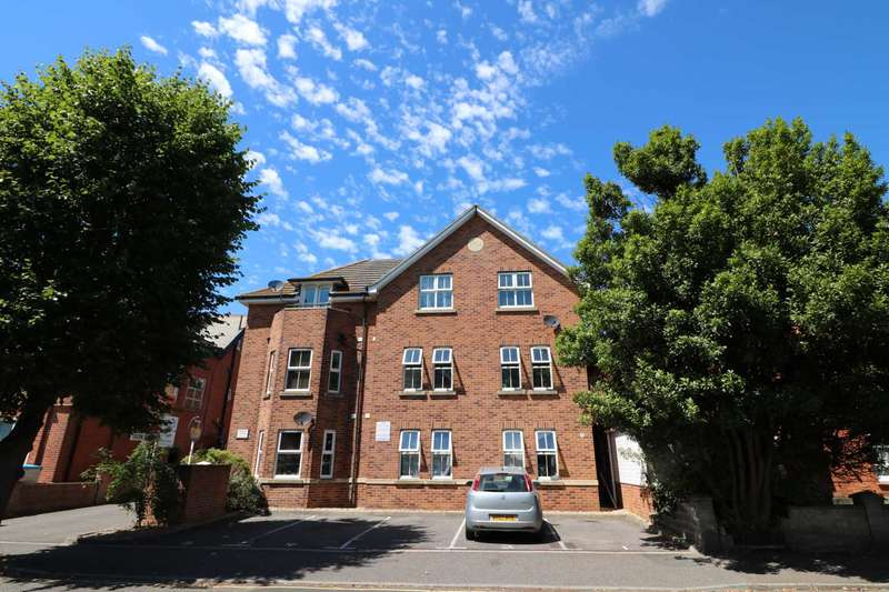 2 Bedrooms Apartment Flat for sale in Boscombe,Bournemouth