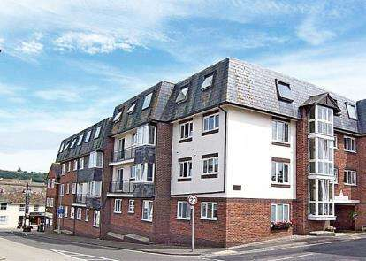 2 Bedrooms Retirement Property for sale in Beer Road, Seaton, Devon