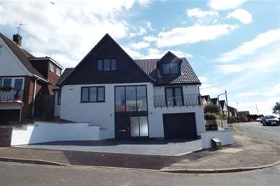 4 Bedrooms Detached House for rent in EXECUTIVE LIVING, Sunninghill Rise, NG5