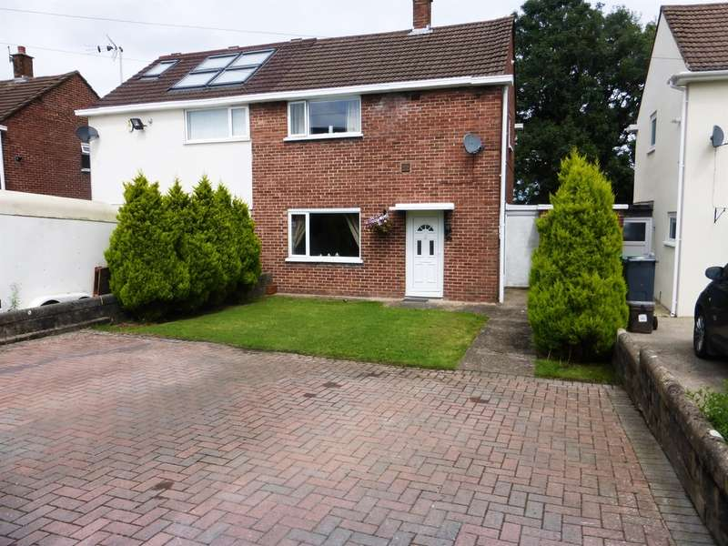 2 Bedrooms Semi Detached House for sale in Instow Place, Llanrumney, Cardiff