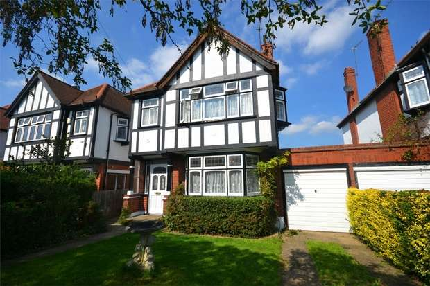 3 Bedrooms Detached House for sale in Norval Road, Sudbury Court Estate, Middlesex