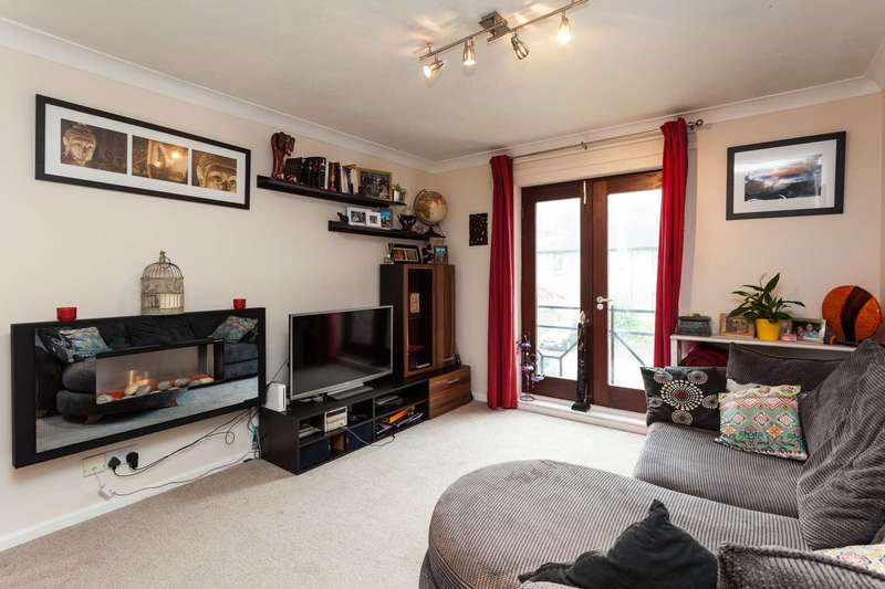 1 Bedroom Flat for sale in Dukes Ride, North Holmwood