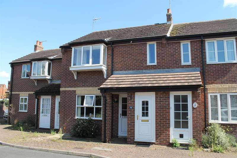 1 Bedroom Flat for sale in St. Monicas Court, Easingwold, York, YO61 3GY