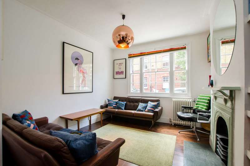 3 Bedrooms House for sale in Gawber Street, Tower Hamlets, E2