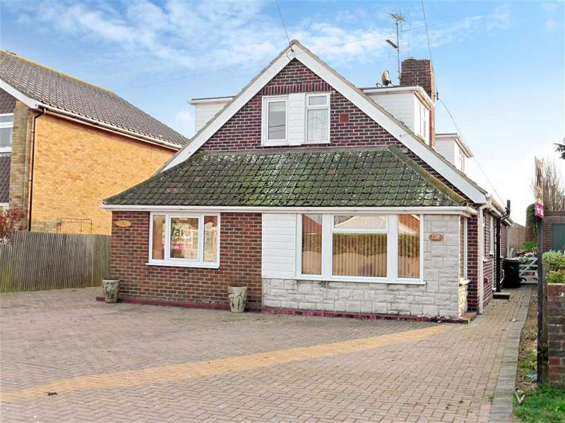 3 Bedrooms Bungalow for sale in Dunes Road, Greatstone, Kent
