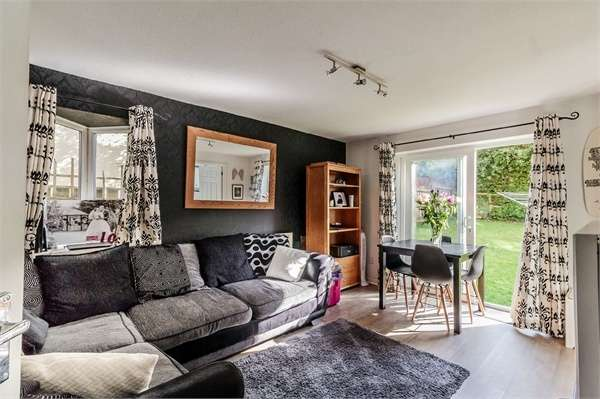 2 Bedrooms Flat for sale in Holne Chase, Plymouth, Devon