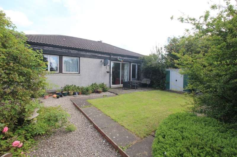 3 Bedrooms Bungalow for sale in Chestnut Grove, Livingston, EH54