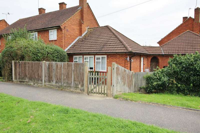 1 Bedroom Bungalow for sale in Anglesey Road, South Oxhey
