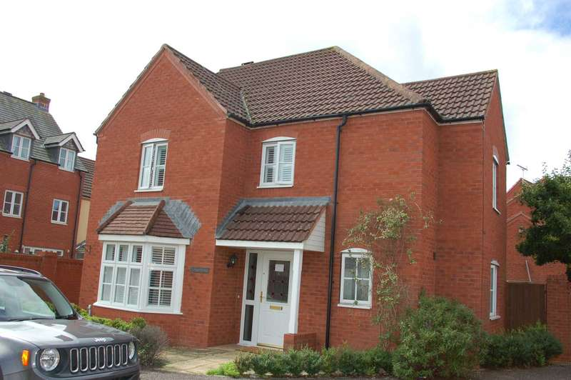 4 Bedrooms Detached House for sale in Burge Meadow, Cotford St Luke