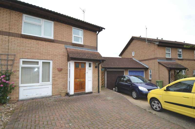 3 Bedrooms Semi Detached House for sale in Greenleys