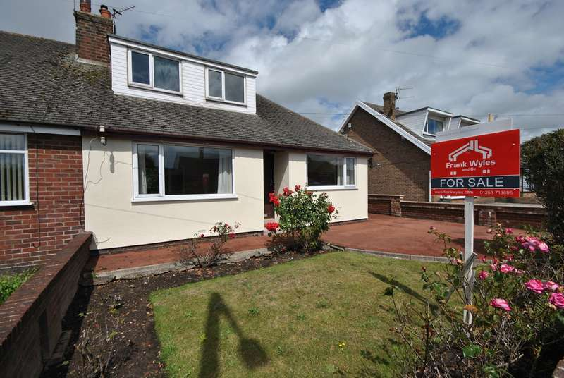 2 Bedrooms Semi Detached Bungalow for sale in Kilnhouse Lane, Lytham St Annes, FY8