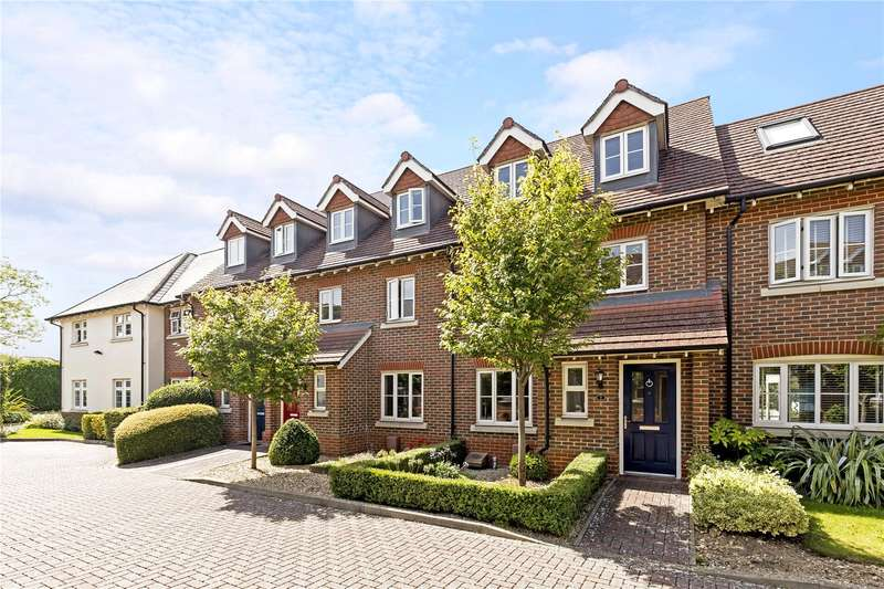 4 Bedrooms Terraced House for sale in Waterfield Gardens, Chichester, West Sussex, PO19