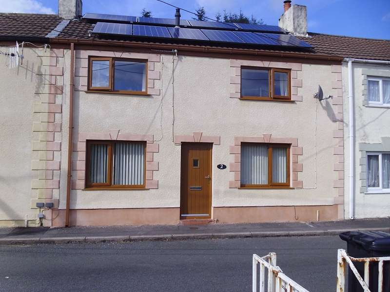3 Bedrooms Terraced House for sale in Railway Terrace, Tonmawr, Port Talbot, Neath Port Talbot. SA12 9SU
