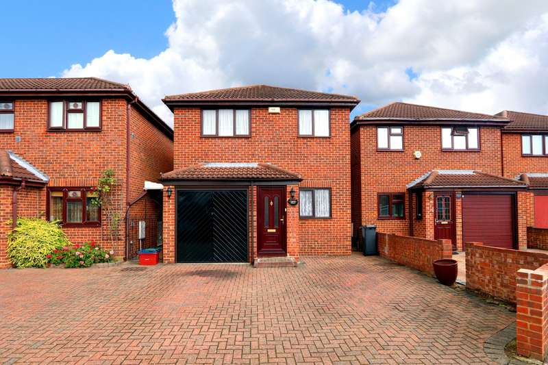 4 Bedrooms Detached House for sale in Peninsular Close, Feltham, TW14