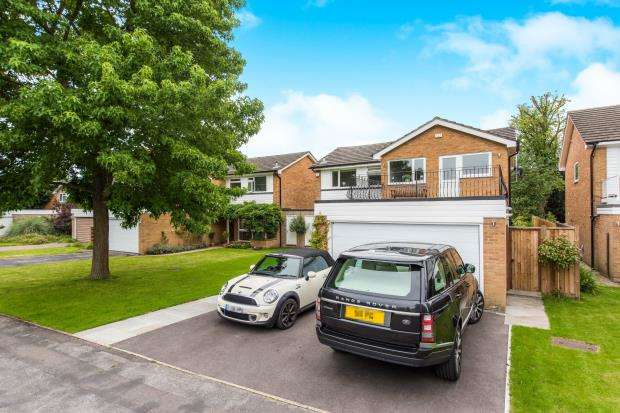 4 Bedrooms House for sale in Richmond, Ham, Richmond