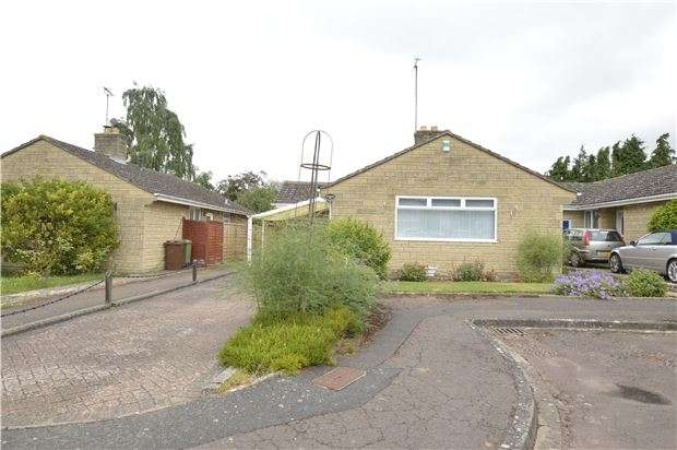 3 Bedrooms Detached Bungalow for sale in Ellenor Drive, Alderton, GL20