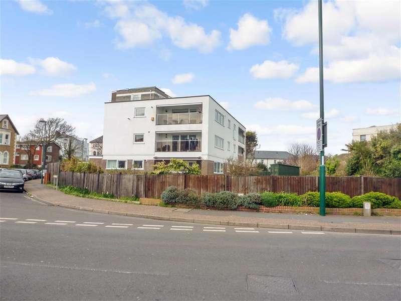 2 Bedrooms Flat for sale in Norfolk Square, Bognor Regis, Bognor Regis, West Sussex