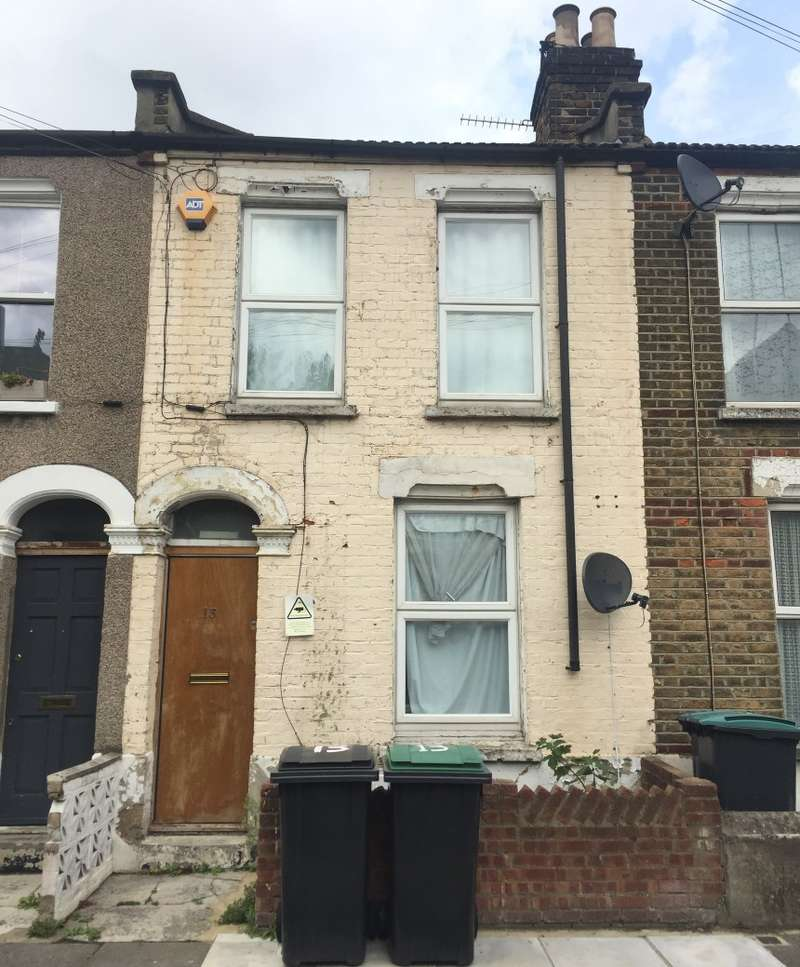 4 Bedrooms Terraced House for sale in Reform Row, Tottenham, London, N17 9SZ