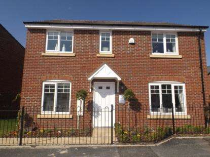4 Bedrooms Detached House for sale in Stour Valley TW, Stourport Road, Kidderminster