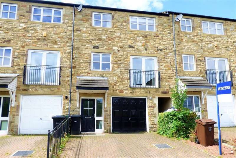 4 Bedrooms Semi Detached House for sale in Rushy Fall Meadow, Keighley, BD22 7AZ