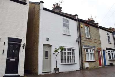 3 Bedrooms Terraced House for sale in Elm Terrace, Harrow Weald