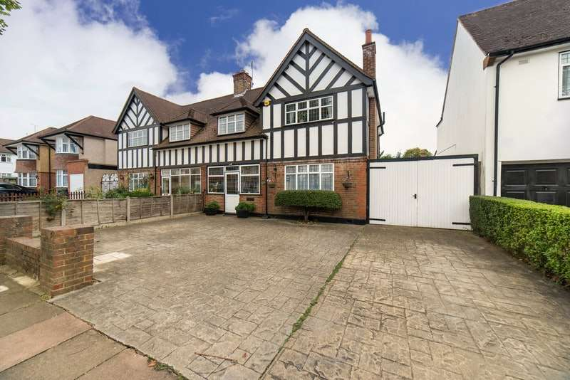 3 Bedrooms Semi Detached House for sale in Elm Grove, harrow, Middlesex, HA2