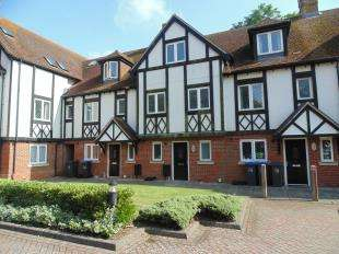 3 Bedrooms Terraced House for sale in Walnut Court, 15 Offington Lane, Worthing, West Sussex