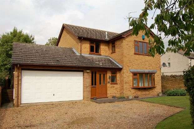 4 Bedrooms Detached House for sale in Main Street, Hannington, Northampton NN6 9SU