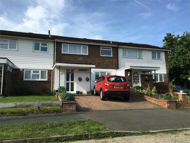 3 Bedrooms Terraced House for sale in Shawford Road, West Ewell