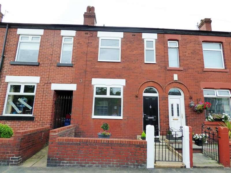 2 Bedrooms Detached Bungalow for sale in Chapel Street, Hazel Grove, Stockport